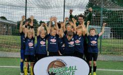 Sommer-Camp der Fussballschule Grenzland in Dormagen-Nievenheim mit 66 Kids